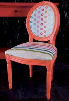 3_La Suite Villa, chaise relookée par By So 06 96 24 93 42_JAC